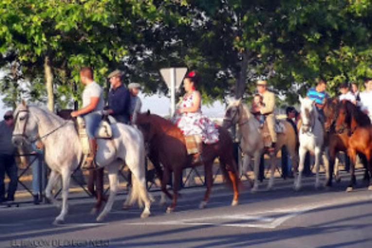 Peregrinación a Lepe de la Hermandad del Rocío de Isla Cristina