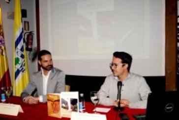 Presentado en Isla Cristina el libro del onubense Juan Bustamante Y…¿Ahora que? Claves para superar una ruptura