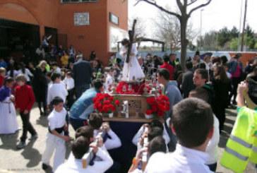 Salida del Desfile Procesional del CEIP Sebastián Urbano Vázquez