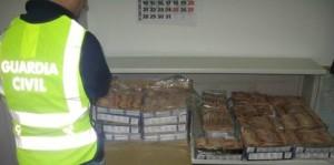 La Guardia Civil detiene en Isla Cristina a 3 personas como presuntos autores de un robo en una marisquería