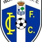 Tres despistes defensivos castigaron al Isla Cristina en su visita a Rota