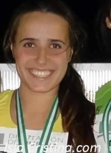 Alba Pérez Martín «Atleta que Acaricia el Triunfo»