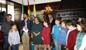 La Biblioteca Municipal isleña celebra el Día Internacional del Libro premiando a sus mejores lectores
