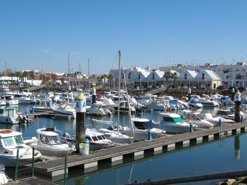 La Junta instala tecnología wifi en el puerto deportivo de Isla Cristina