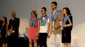Los alumnos y alumnas del IES Miravent de Isla Cristina celebran su Gala de graduación