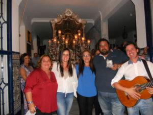 Mª Carmen Verdún, José Villalta y José Antonio Monclova Cantan la Salve en isla
