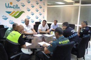 Cuerpos de seguridad de Lepe e Isla Cristina coordinan acciones en Islantilla