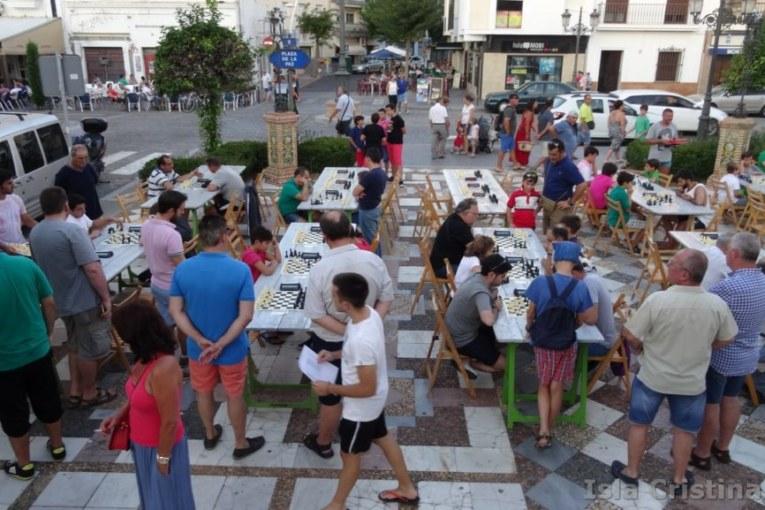 """Imágenes del I Abierto Nocturno de Ajedrez """"Playas de Isla Cristina"""""""