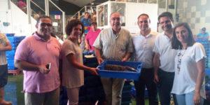 El PSOE de Huelva expresa, tras su visita a la Lonja de Isla Cristina, su compromiso con el sector pesquero de la provincia