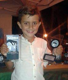 El isleño Kevin Irala, Campeón Sub 8 del «I Circuito Nocturno Ajedrez en la Playa»