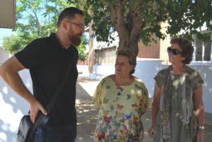 la-alcaldesa-islena-junto-a-la-concejala-de-educacion-y-director-del-centro