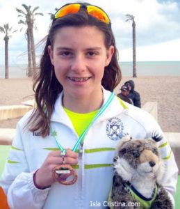 Paula Moriña gana el Triatlón de Coria