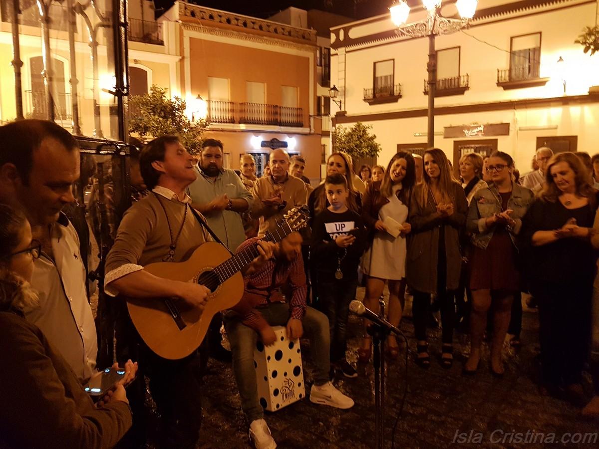 Emotiva Salve del «Carro El Abuelo» al Simpecado de la Hermandad del Rocío de Isla Cristina