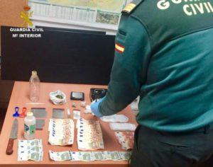 La Guardia Civil desactiva un punto de venta de droga muy activo en Almonte