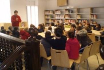 La Biblioteca Municipal de Isla Cristina galardonada con el Premio María Moliner