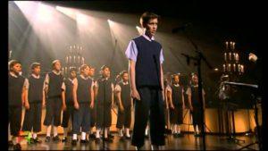los-chicos-del-coro-en-una-de-sus-actuaciones