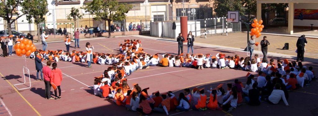 Escolares de Isla Cristina celebran un año más el Día Internacional de las Víctimas de Accidente de Tráfico