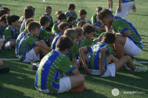 Un centenar de niños disfrutan la Navidad en Palos participando en el Campus Gañafote de Fútbol