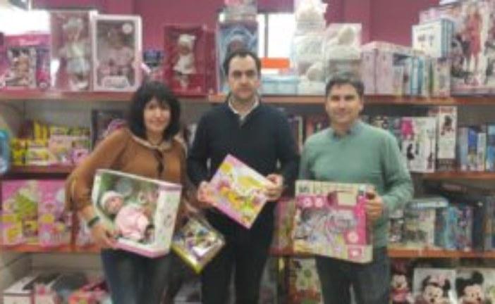 La cadena de Supermercados El Jamón colabora con la Campaña de Recogida de Juguetes