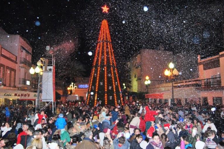 Isla Cristina disfrutó anoche de la primera Gran Nevada de la Navidad