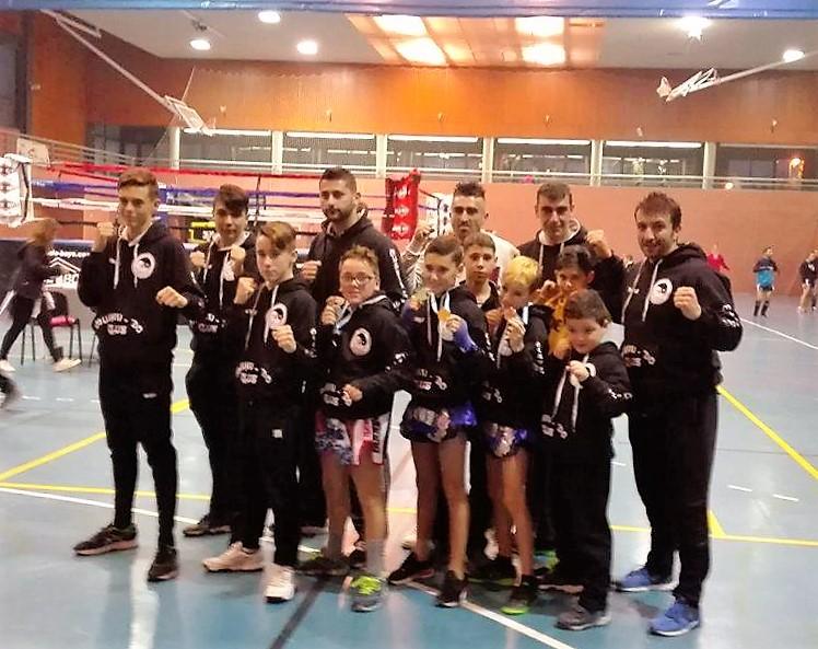 Gran triunfo de los luchadores isleños en el Campeonato Provincial de Kick Boxing celebrado en Isla Cristina