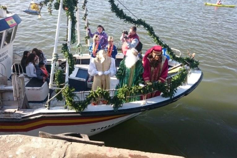 Bases para representar a los Reyes Magos en la cabalgata de Isla Cristina 2019.