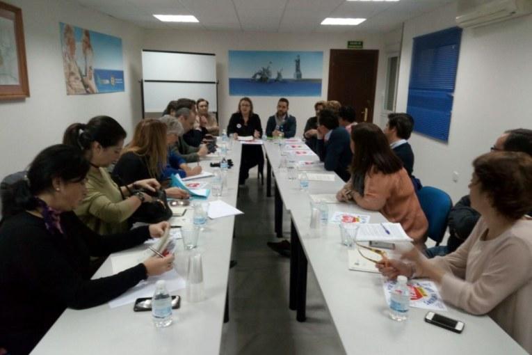 Información sobre reunión Huelvaporunasanidaddigna con Partidos Politicos
