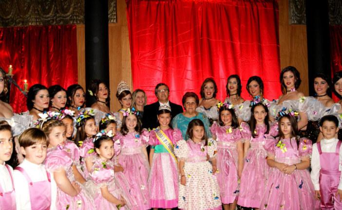 Cristina Silva y María Arriaza Coronadas como Reinas de los Carnavales de Isla Cristina 2017