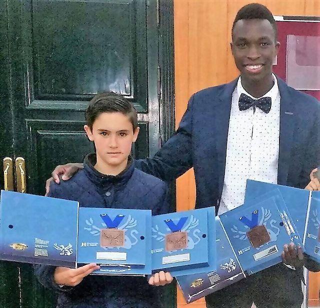 Enrique Rodríguez y Madicke Diop, Premiados en la Gala de la Diputación de Huelva