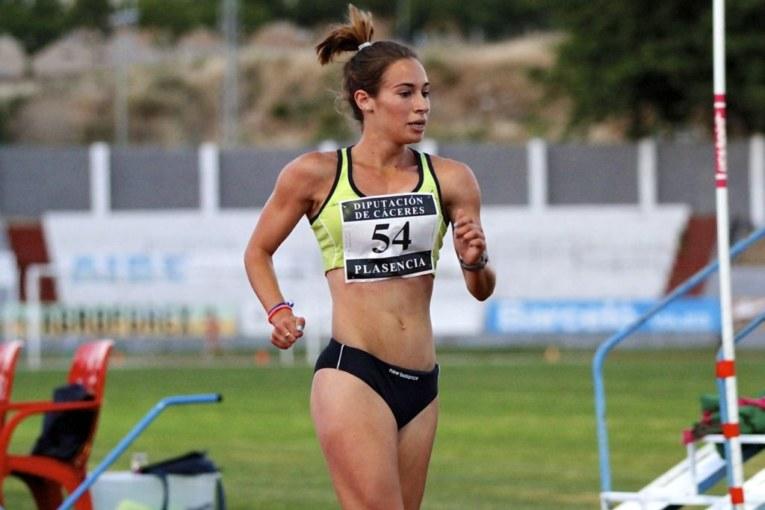 Laura García-Caro compite en Los Cantones de A Coruña