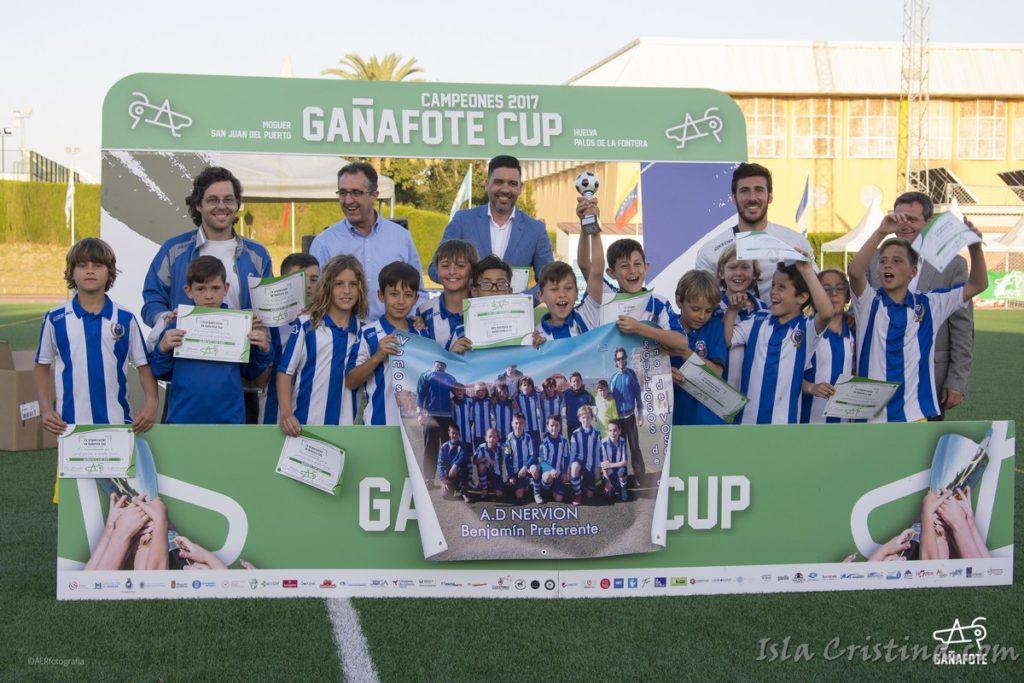 El Real Club Recreativo de Huelva, ganador de la Gañafote Cup Benjamín