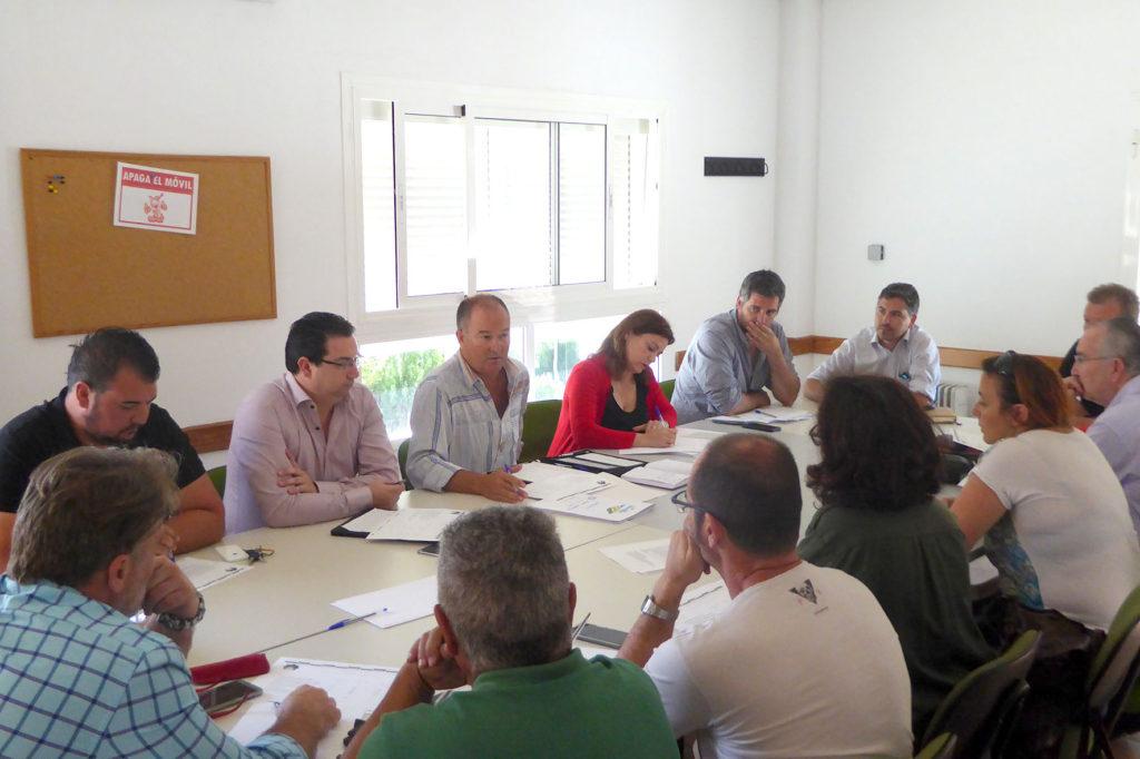 Reunión para diseñar el XX Plan Agrupado de Formación Continua de Islantilla, Lepe e Isla Cristina