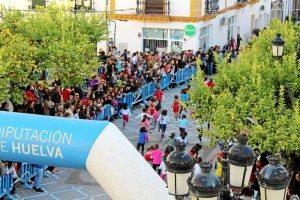 Saoul el Moussaoui y Ariadna Salas ganan en Trigueros la Carrera Contra el Cáncer
