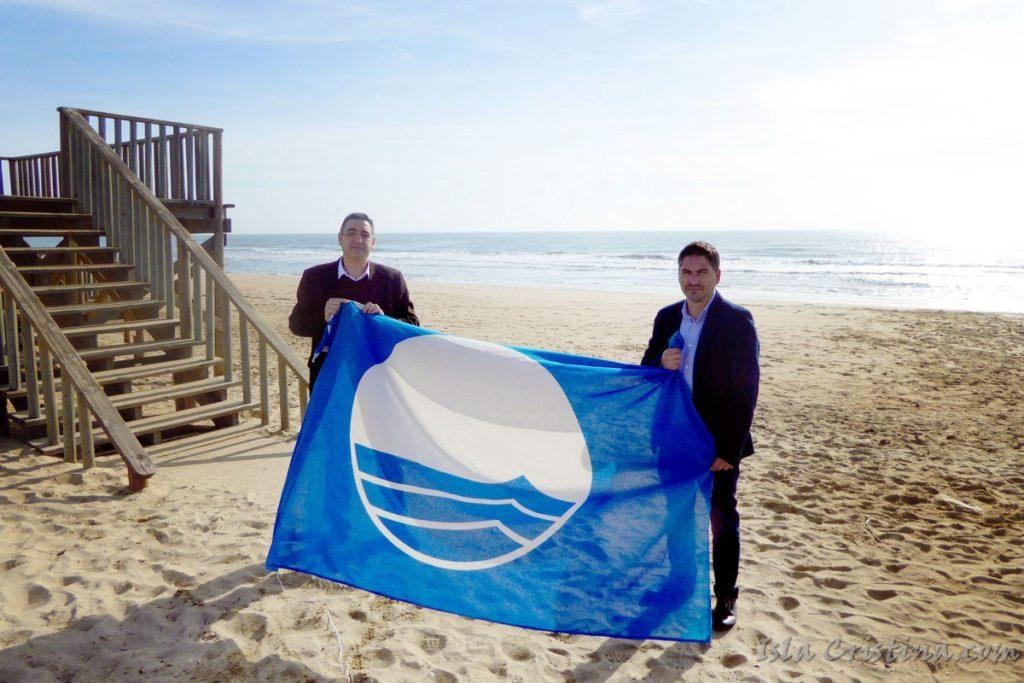 Islantilla renueva sus certificados de calidad Bandera Azul y Sendero Azul