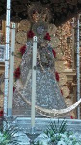 Ya está La Virgen esperando a la Hermandad del Rocío de Isla Cristina