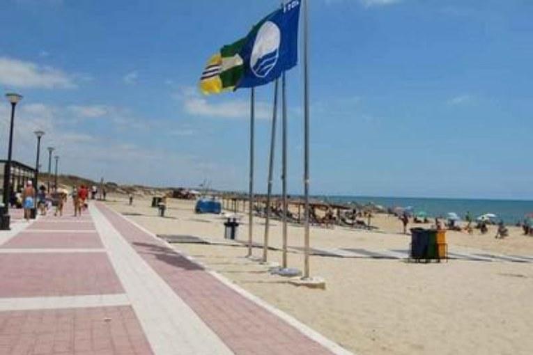 Banderas azules para las Playas, Central y la Gaviota de Isla Cristina