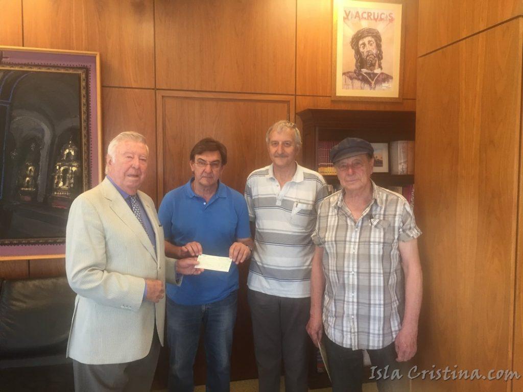 Fundación Caja Rural del Sur entrega 3.000 euros a 'Ayuda al Refugiado'