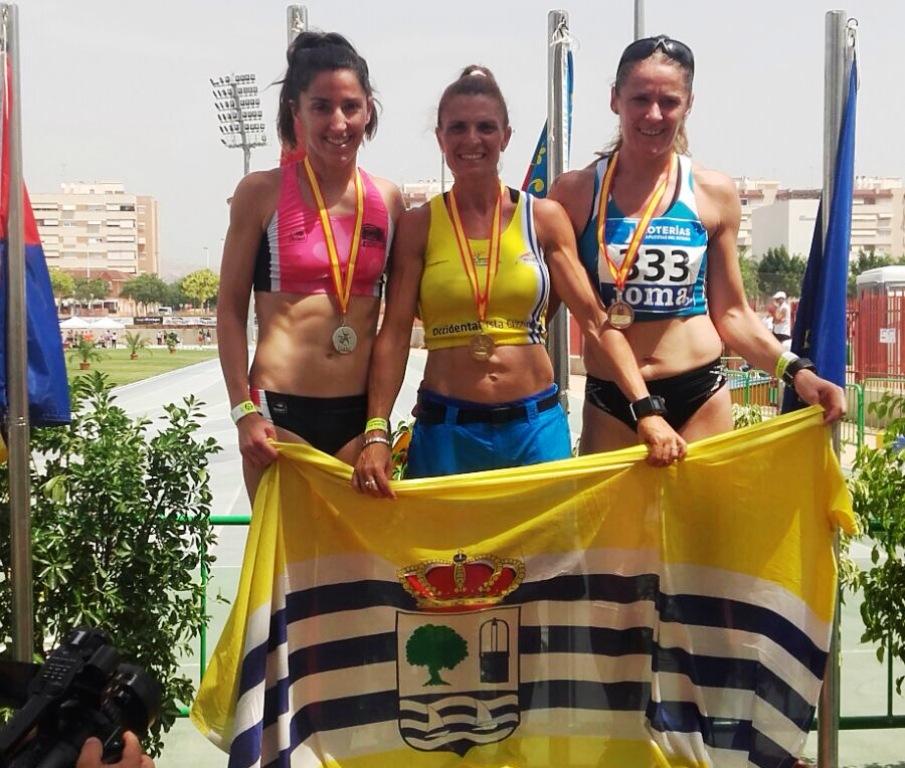 Elena Cobos gran triunfadora con oro, plata y bronce en el Campeonato de España