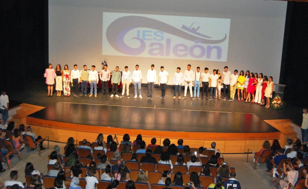 Los Alumnos del IES Galeón de Isla Cristina se gradúan