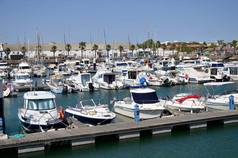 El puerto deportivo de Isla Cristina recibe la bandera azul de calidad ambiental