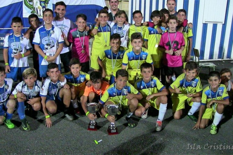 La cantera isleña triunfadora de la IV Isla Cristina Cup