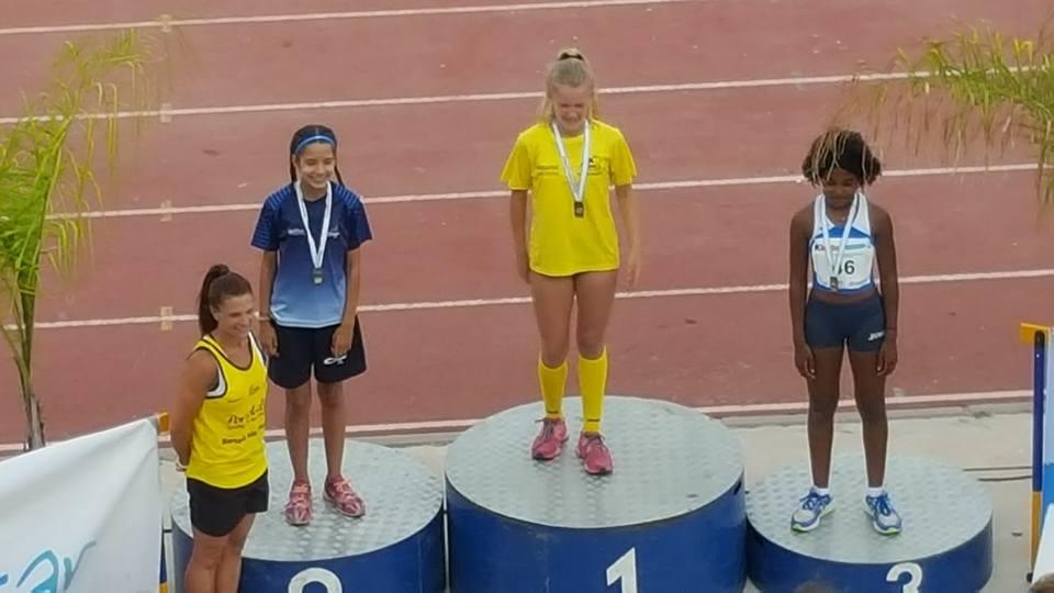 Baño de Oro del atletismo isleño en el Campeonato andaluz celebrado en Granada