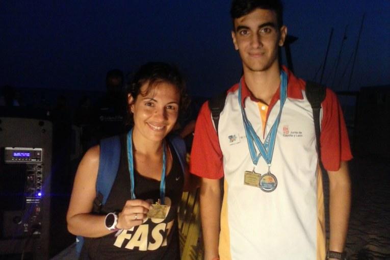Alberto Muriel y Gloria Gallego ganan la Milla Mojada de La Antilla