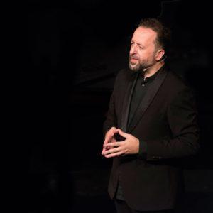 El primer Director de Orquesta invidente desembarca en Huelva en el Encuentro Internacional del Maestro Navarro Lara