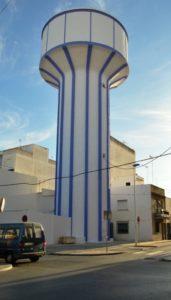 Concluyen los trabajos de reparación y pintado del antiguo Depósito de Aguas de Isla Cristina