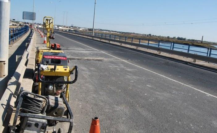 Se repara el puente de acceso a Isla Cristina