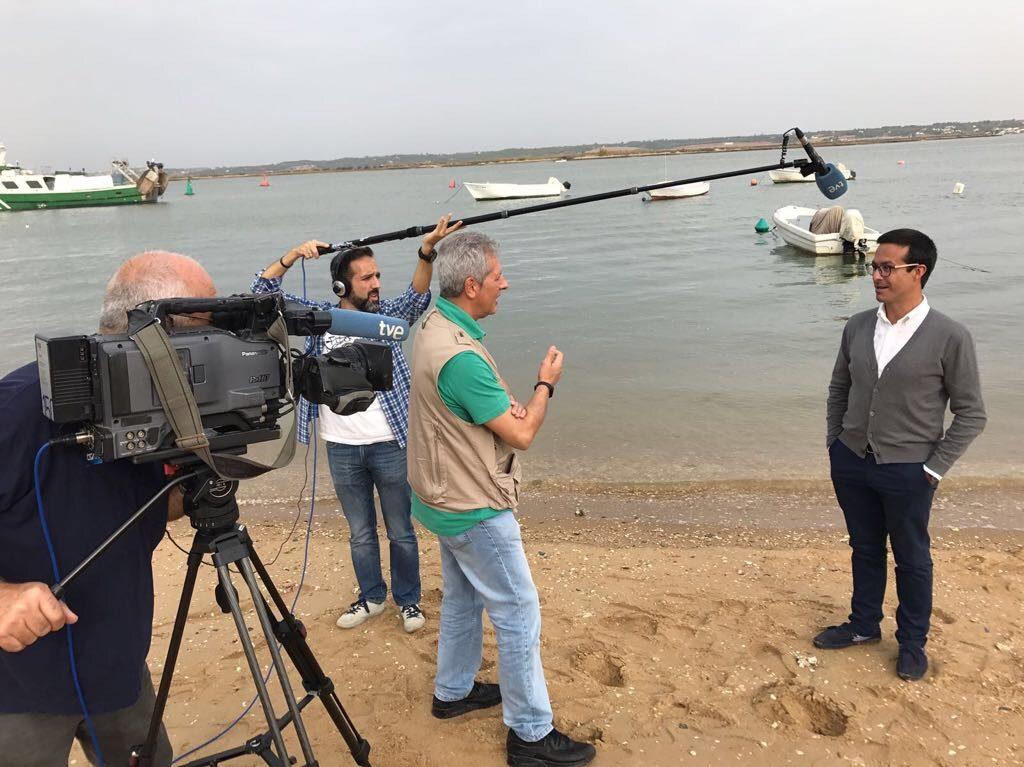 Informe Semanal de RTVE analiza la vinculación de Isla Cristina con Cataluña