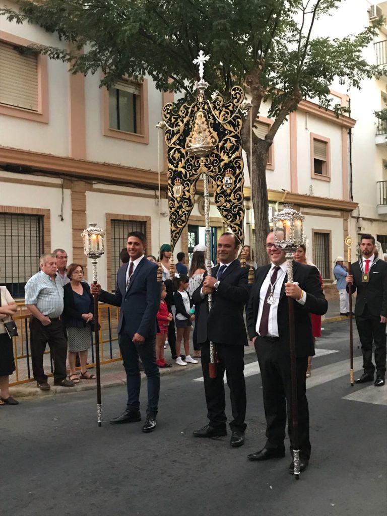 La Hermandad del Rocío de Isla Cristina en la procesión de la Virgen del Rosario