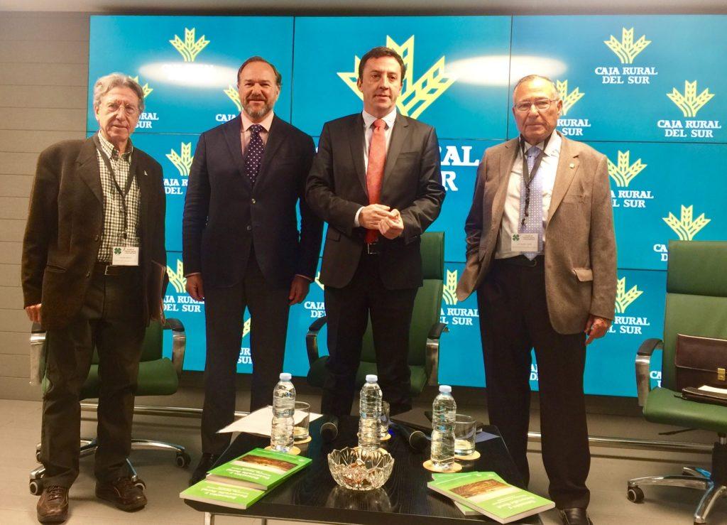 El presidente de Caja Rural del Sur destaca el importante papel del Servicio de Extensión Agraria