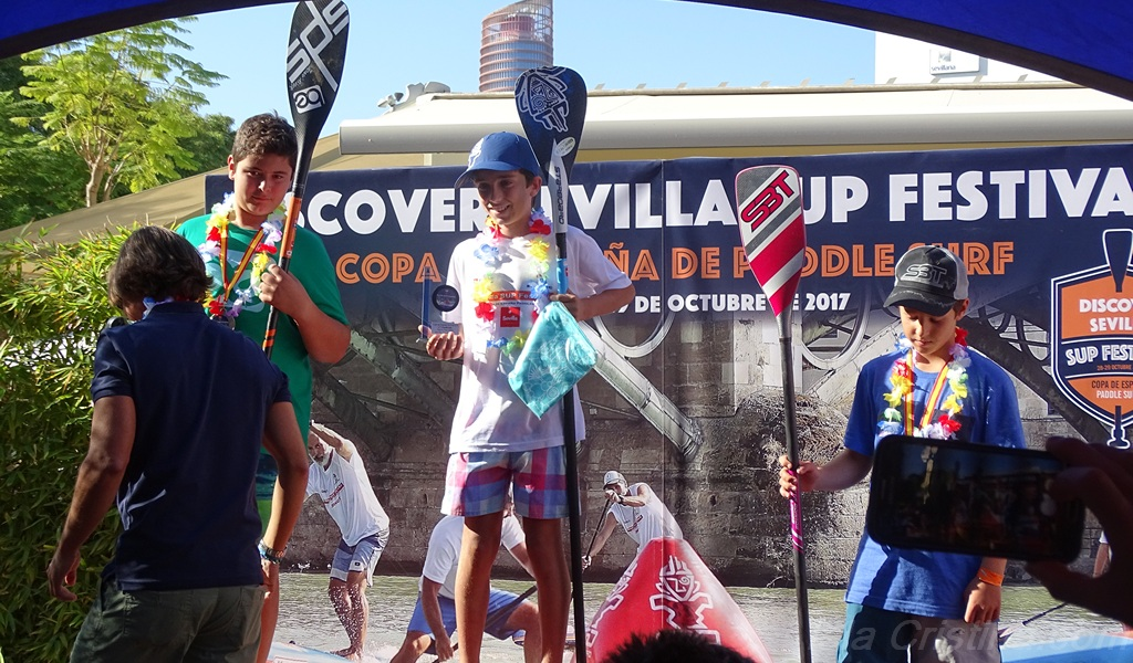 Blanca y Augusto García, Campeones de Andalucía y España en paddlesurf